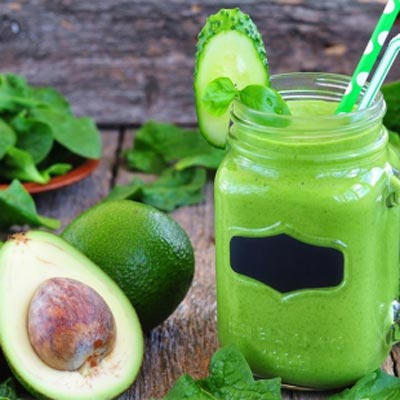 Andijvie avocado banaan smoothie