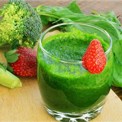 Broccoli peer ananas smoothie